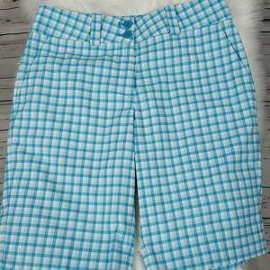 Like New NIKE Golf Blue & White Shorts